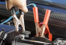 How to correctly charging a car battery with a battery charger