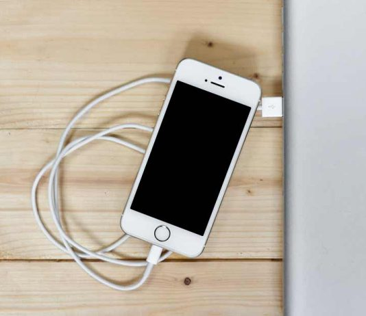 How often should you recharge your iPhone and what should you avoid when doing so