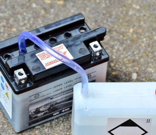 how to recondition a car battery at home